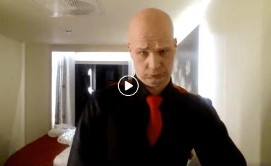 """Marko Maunukselan kaikkien aikojen mokavideo naurattaa: """"Esikarsin…gööh… argh!"""" – katso"""