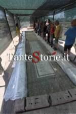 Il mosaico di 11 metri con l'iscrizione che ha consetito di datare il complesso termale