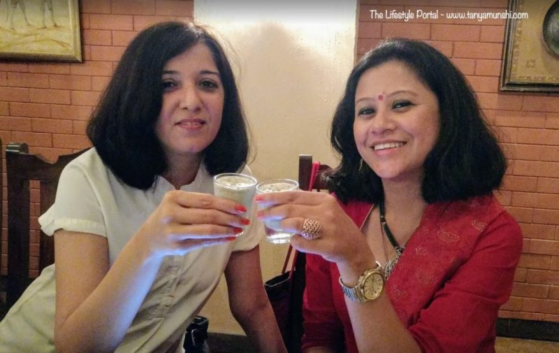 With Saloni, the Co-Founder of FBAI, enjoying a round of Pan Shots @ Baluchi