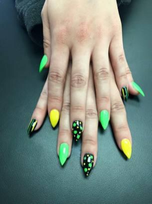 nails-127