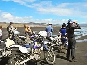 natron randonnée à moto en Tanzanie