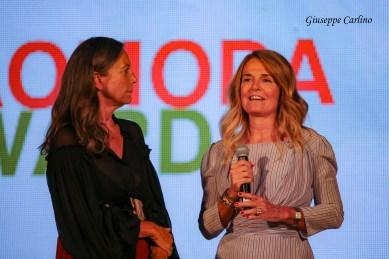 Cinzia Malvini con Elisabetta Falciola TG5, Tao Award giornalismo moda tv