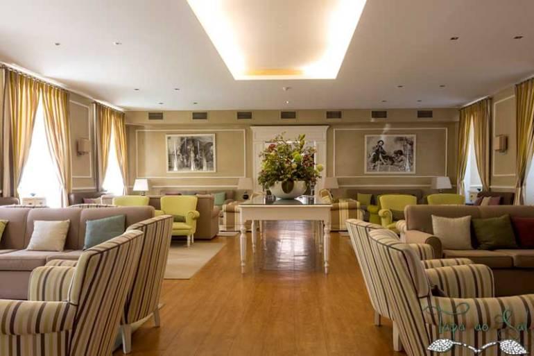 sala de estar no grande hotel das caldas da felgueira