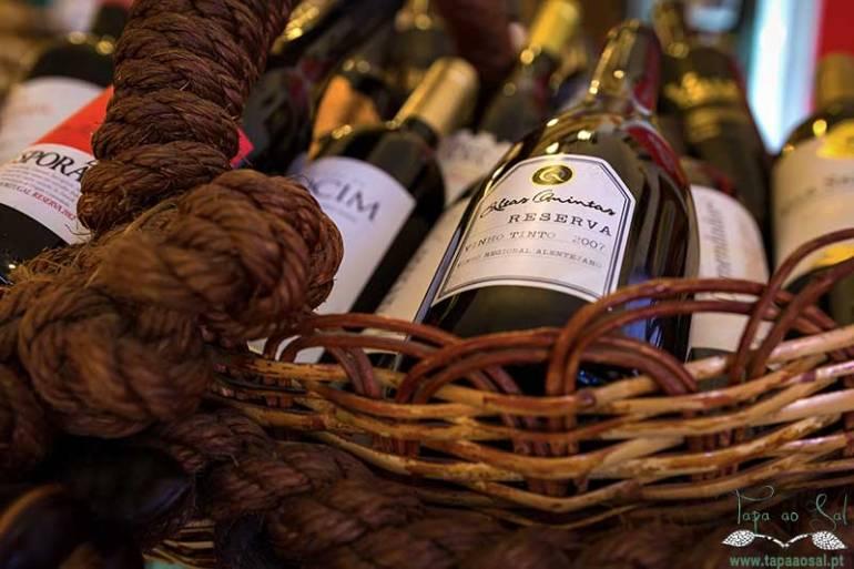 cesta de vinhos