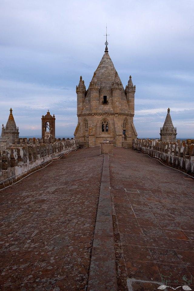 telhado catedral em évora