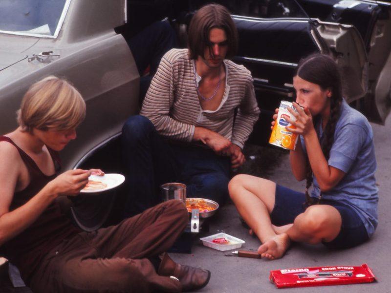 Un picnic improvisado en el festival de Woodstock