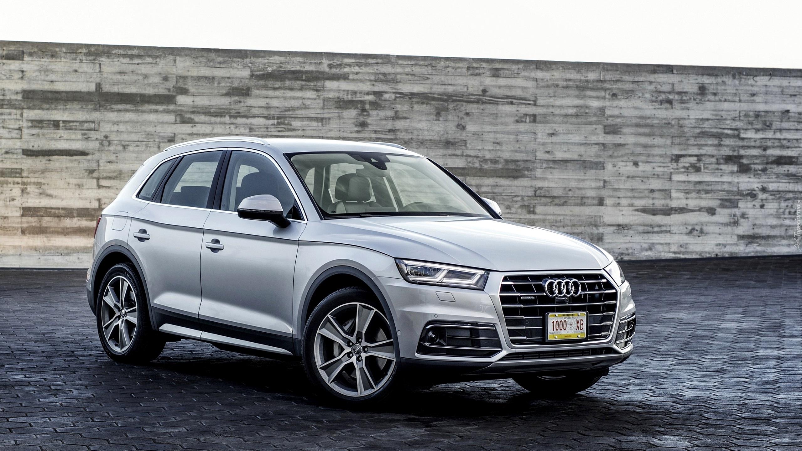 Samochód Audi Q5 rocznik 2017