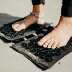 tapis acupression pour pieds