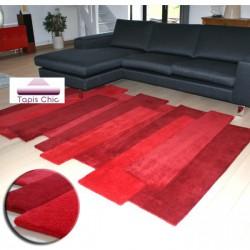 tapis rouge design couleurs vives