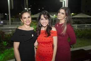 Carisia Teixeira, Rafaela Timbo e Alessandra Simões
