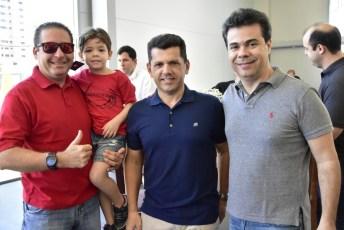 Demotie e Matheus Linhares, Erico Vasconcelos e Duda Brigido