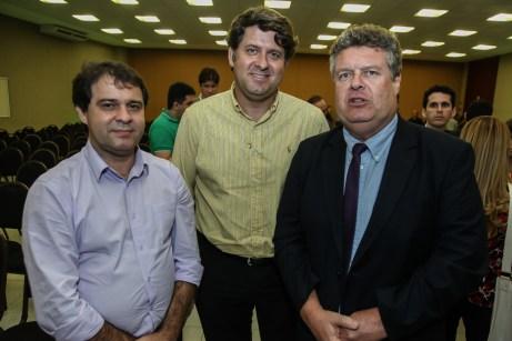 Evandro Leitão , Rafael Rodrigues e Evandro Colares (2)
