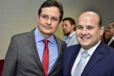 Edilberto Pontes e Roberto Cláudio Bezerra