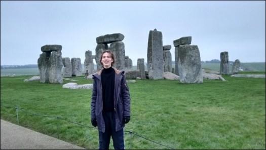 Felix i Stonehenge