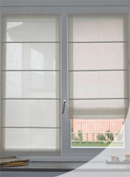 Sistemi per tende moderne a pannello. Drapes And Upholstery Products
