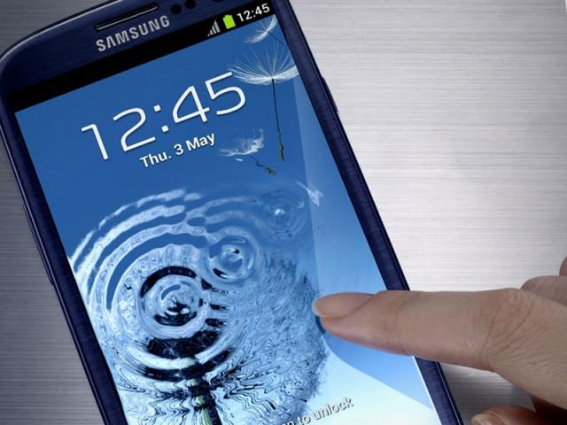 Samsung Galaxy S III vs iPhone 5