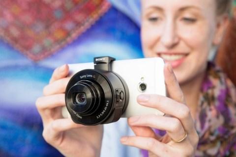mobile-sony-smart-lens-qx10-qx100-4004_600.0000001379986763