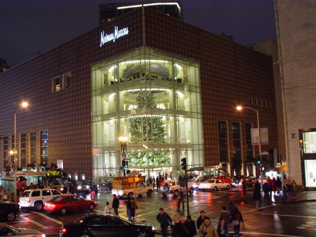 Neiman Marcus Hacked, Customer Credit Card Data Stolen
