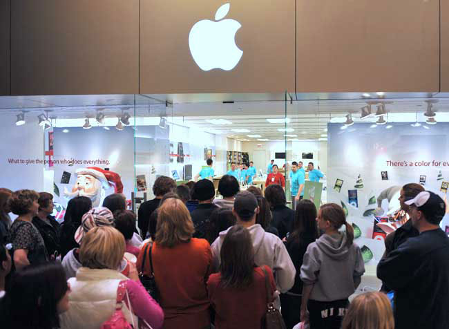 apple-store-black-friday-2014