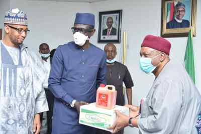 Gov. Ishaku Visits Nexim Bank.