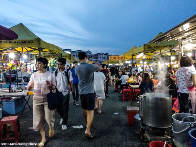 Night markets in Kuala Lumpur   pasar malams in Kuala Lumpur