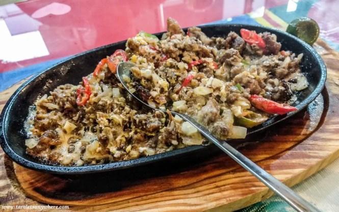 Sisig in Lechong Kawali in Mabuhay Laguna Restaurant, Kuala Lumpur
