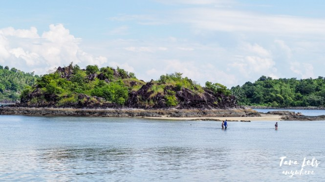Islet across Bisaya-Bisaya Island, Once Islas