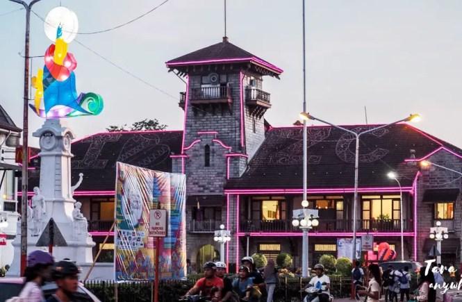 Municipal Hall of Zamboanga City at night