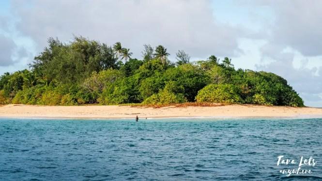 Calalayan Island, Camarines Norte