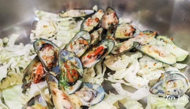 D Banquet buffet menu: Cheesy baked scallops
