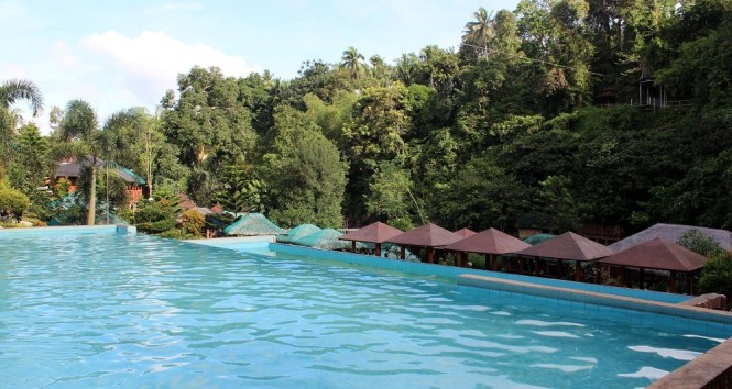 13 BEST Resorts in Cavite to Beat the Summer Heat