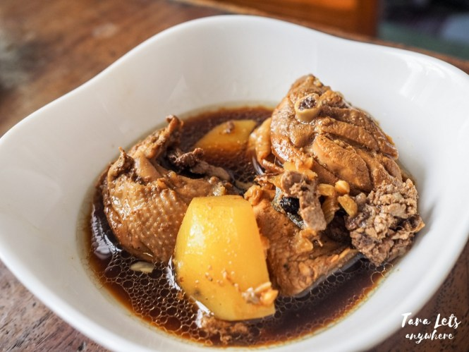Filipino foods you need to try - adobo
