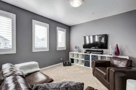 98 WINDWOOD GROVE IN AIRDRIE 110