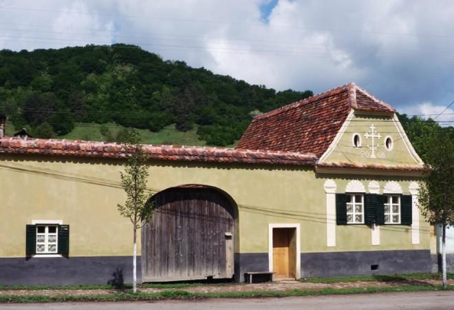 760795-copsamare-guesthouses-hotel-transylvania-romania
