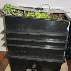 Kitchen Compost Container Moen Bronze Faucet Types Of Vermicomposting Systems | Tara Rae Designs
