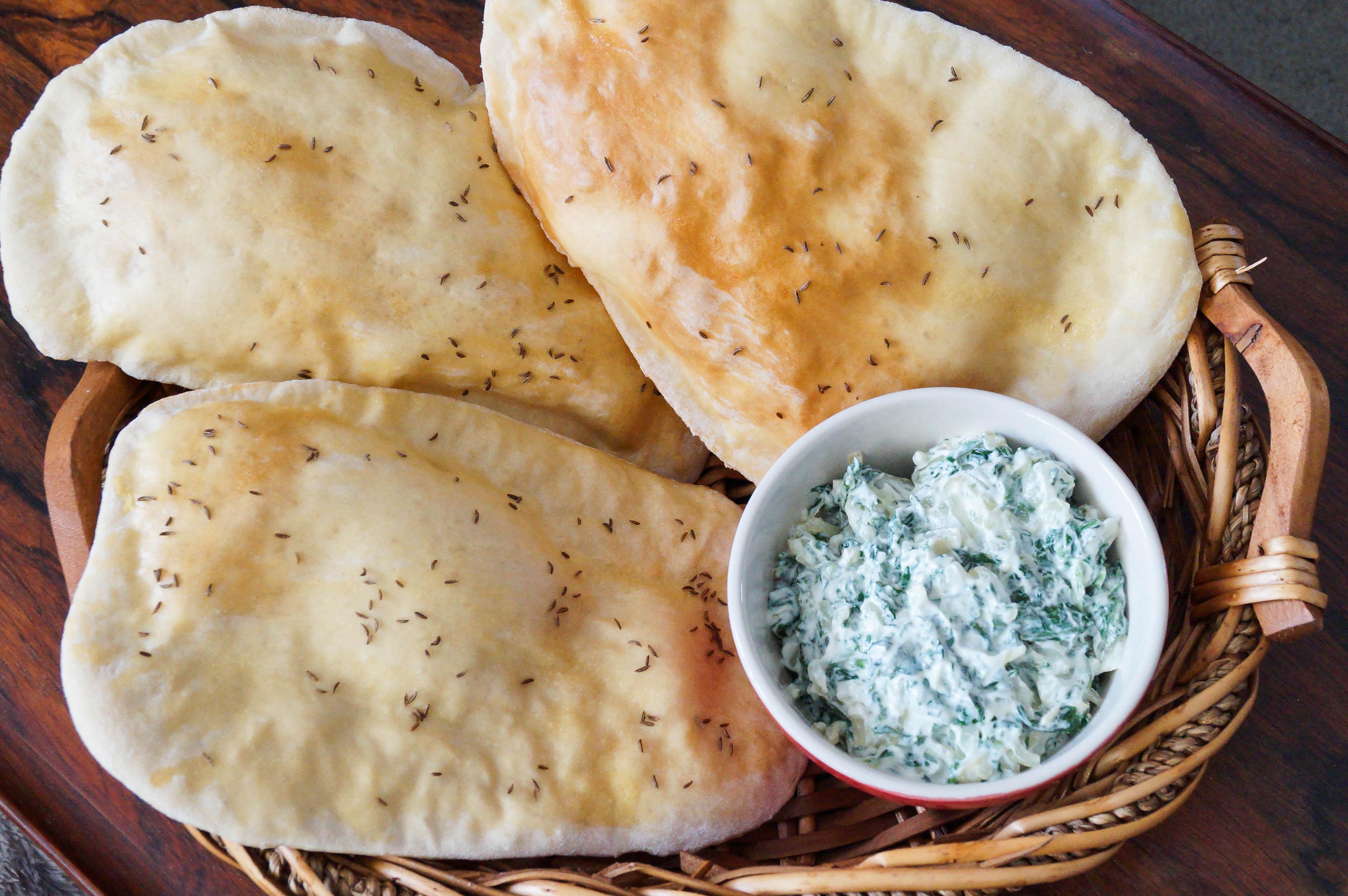 Noni Afghani (Afghan Flat Bread)