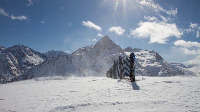 Avalanche. un skieur de randonnée blessé secteur Piau Engaly