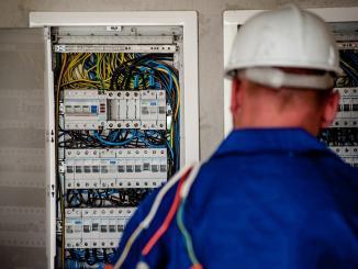 Foyers privés d'électricité les agents d'Enedis suspendent leur grève
