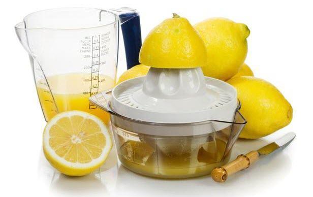 عصير الليمون للتخلص من القشرة