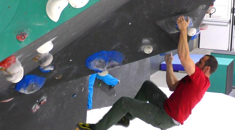 Boulderhangeln (Boulder Campusing) für die Kraftausdauer