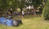 Mieszkańcy odnawiają ogródek przy Węgrowskiej 4