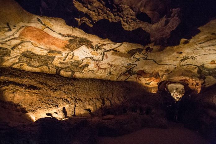 mağara resimleri lascaux mağarası
