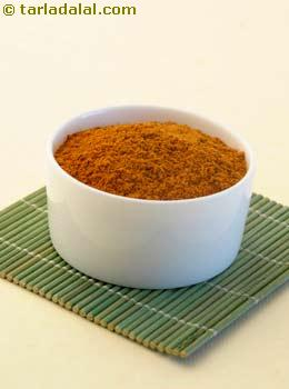 pav bhaji masala powder recipe written by kavitha ramaswamy of foodomania.com