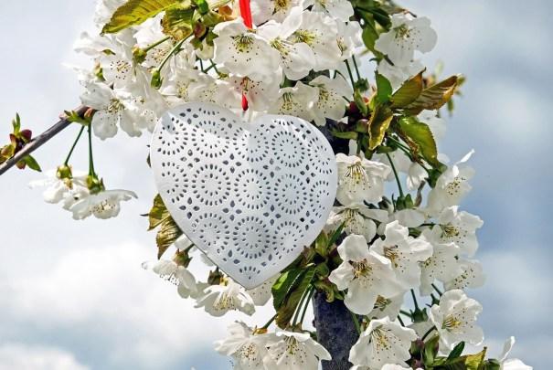 Tirage en ligne amour avec un médium pur