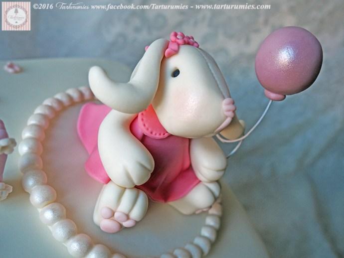 Sweet Bunny Cake