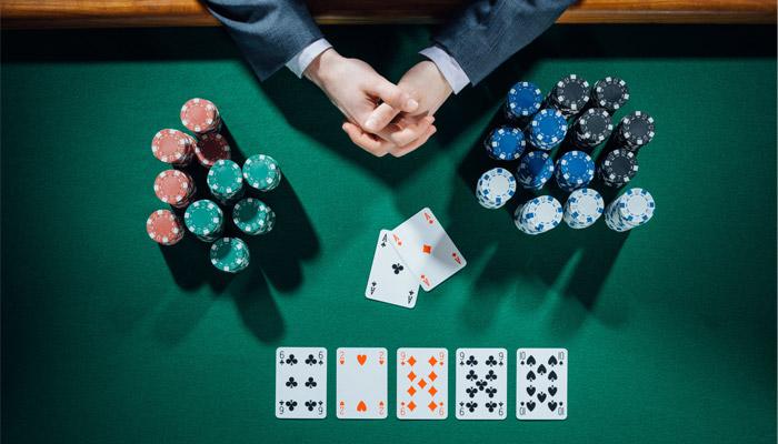 Keuntungan Membaca Artikel Judi Poker