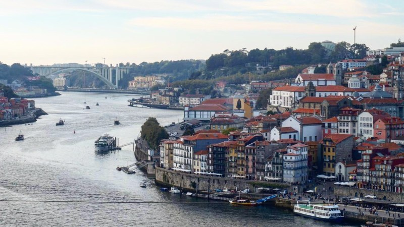 Bate and Back in Aveiro and Porto