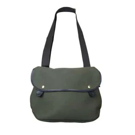 Brady Avon Bag von vorne in Olivfarbenen Canvas