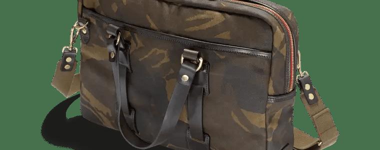 ca02 b laptop bag cmyk clip