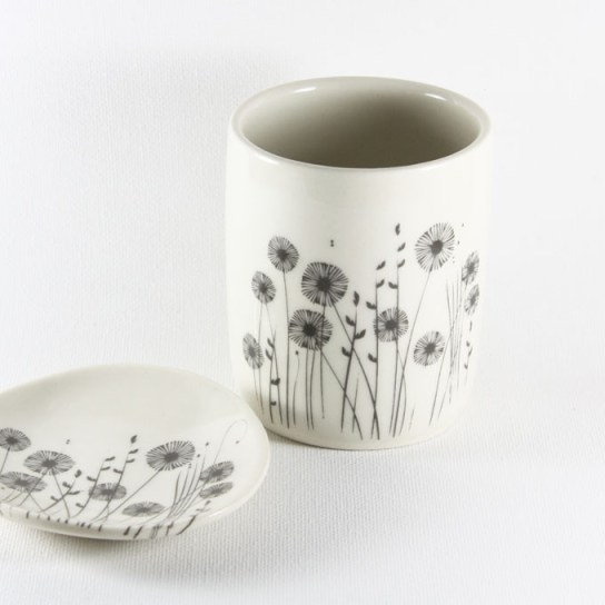 field-of-flowers-raw-ceramics